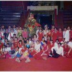 laos-circus-performers