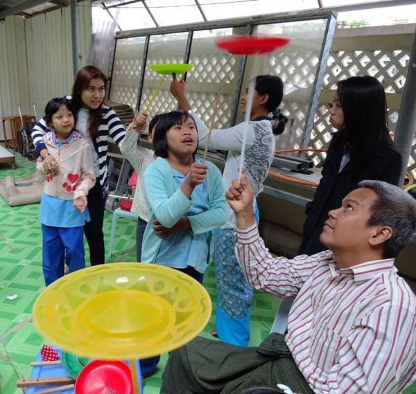 Peddinghaus Workshop Myanmar: Social Circus Myanmar